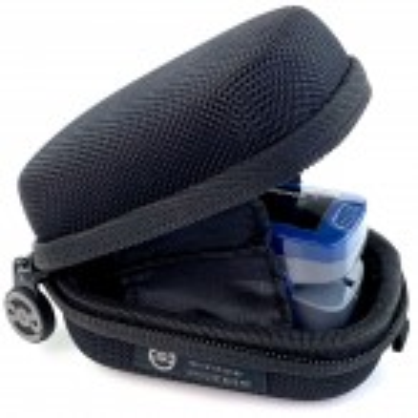 Hard protective case for finger pulse oximeter